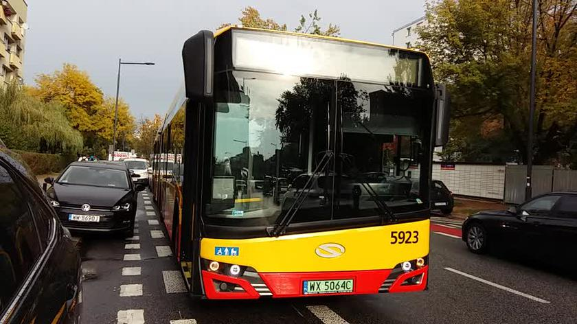Kierowca autobusu miejskiego potrącił dziecko na hulajnodze