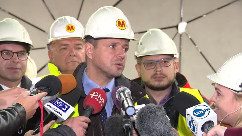 Prezydent o postępach prac na budowie metra na Woli