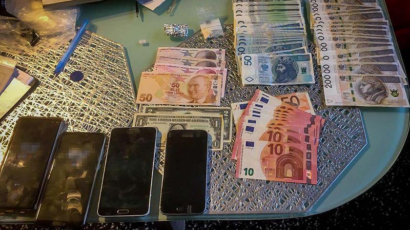 CBŚP zatrzymało członków gangu działającego w Warszawie