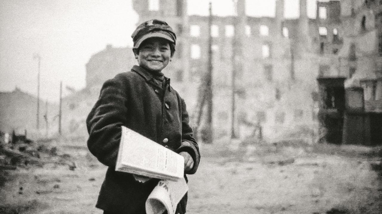 W ruinach miasta szukali radości życia.