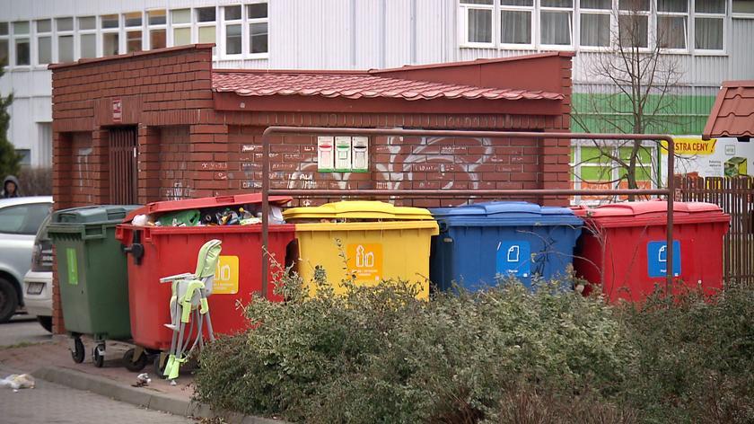 Warszawa przechodzi na nowy system opłat za śmieci